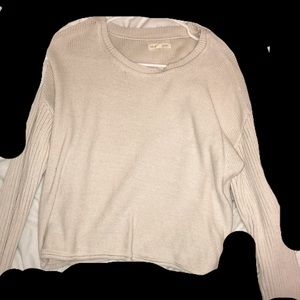 Pacsun cropped sweater in extremely good condition